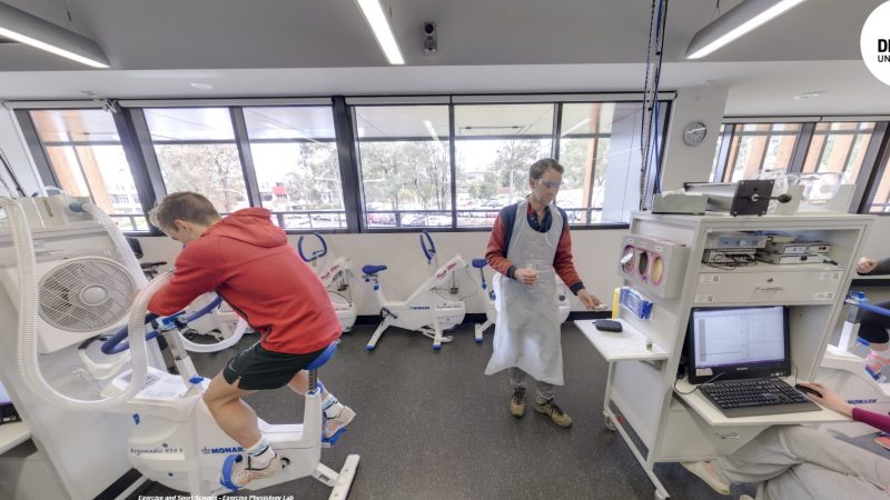 Exercise and Sport Science ที่ Deakin University